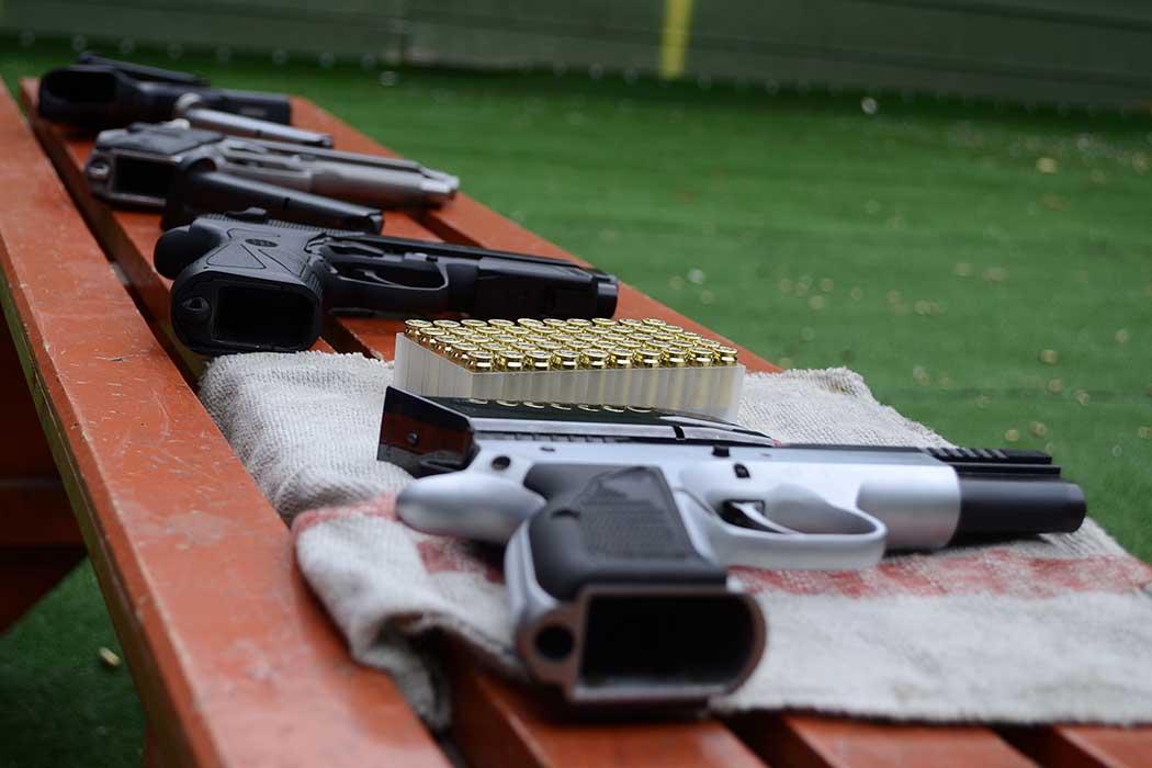 Guns - Stage di tiro al poligono - Giugno 2014