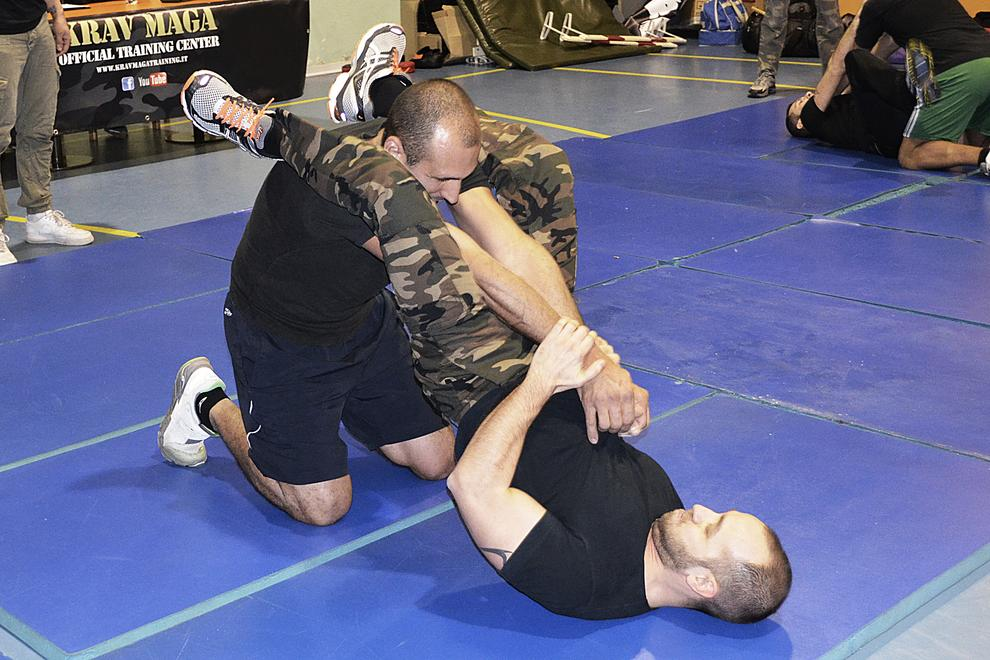 double arm bar on the ground