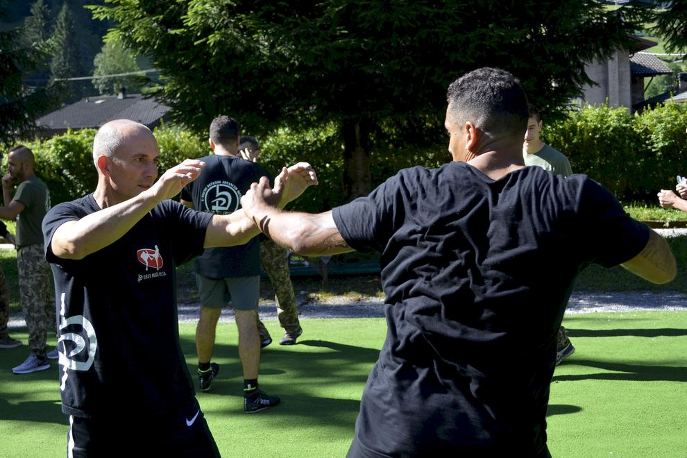 fighting techniques outdoor in the backyard