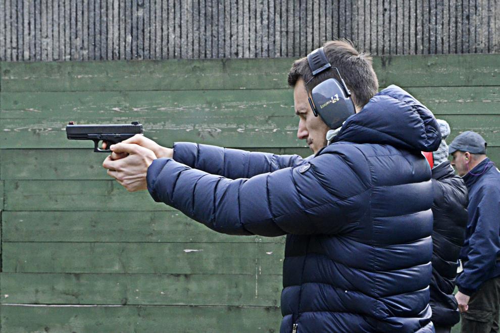 gun shooting