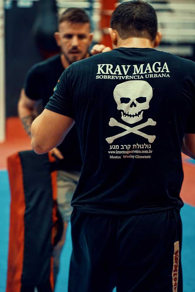 Wesley Gimenez from Krav Maga Caveira Brazil low kick workout