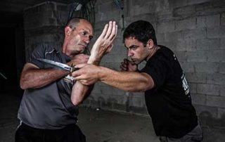 Eyal Yanilov knife defense